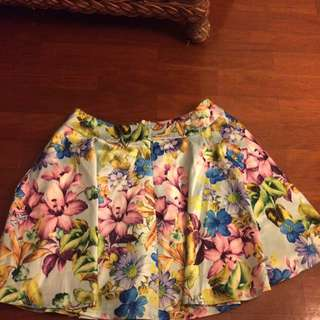 Mika and Gala Skirt size 6 bnwt
