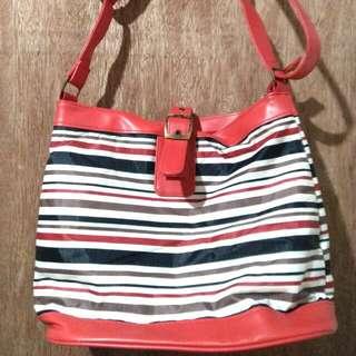 Avon Fashion Bag
