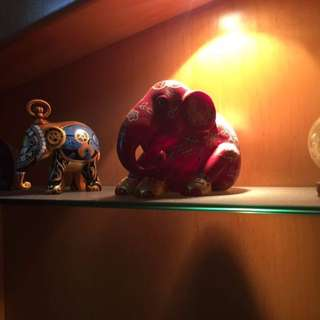COLLECTIBLES - ELEPHANT