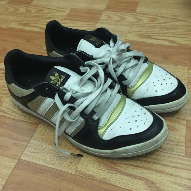 贈品區-adidas鞋/裸色高跟鞋/眼影耳環項鍊修眉刀面膜等