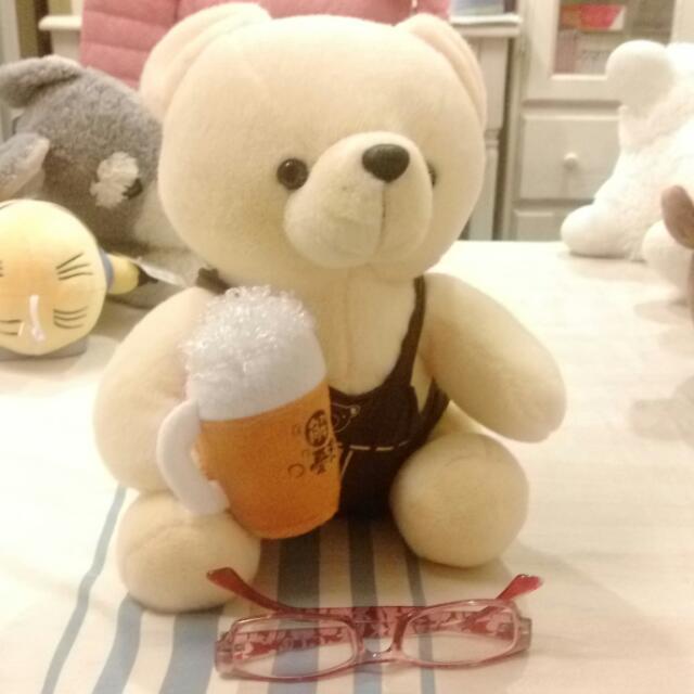 啤酒小熊娃娃