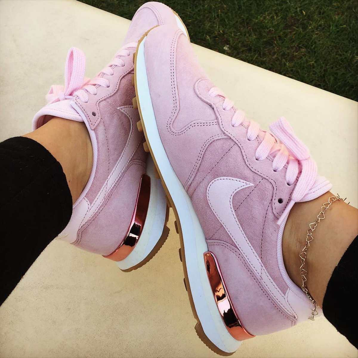 low priced 2053b 85eb4 ... purchase exclusive nike prism pink internationalist womens fashion  shoes on carousell 7c9cd 1fa8c