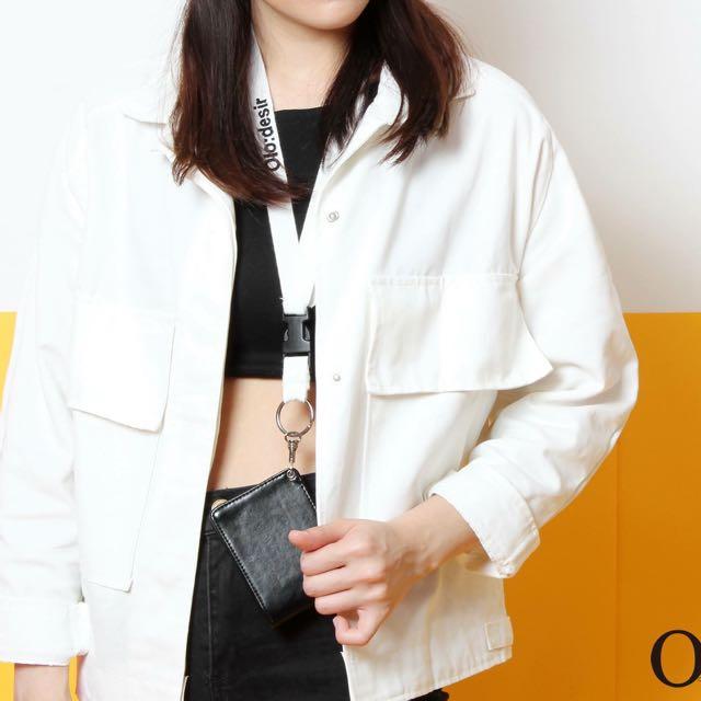 白色雙口袋外套 Olo:desir 牛仔外套款式