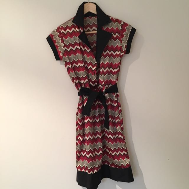 Adjustable 60s Style Dress Fits Size 8-10