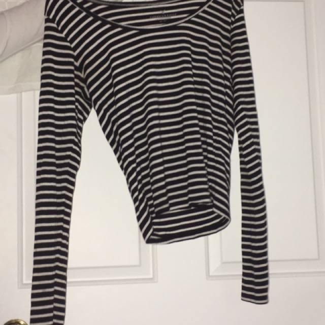 American Eagle Striped Long Sleeve