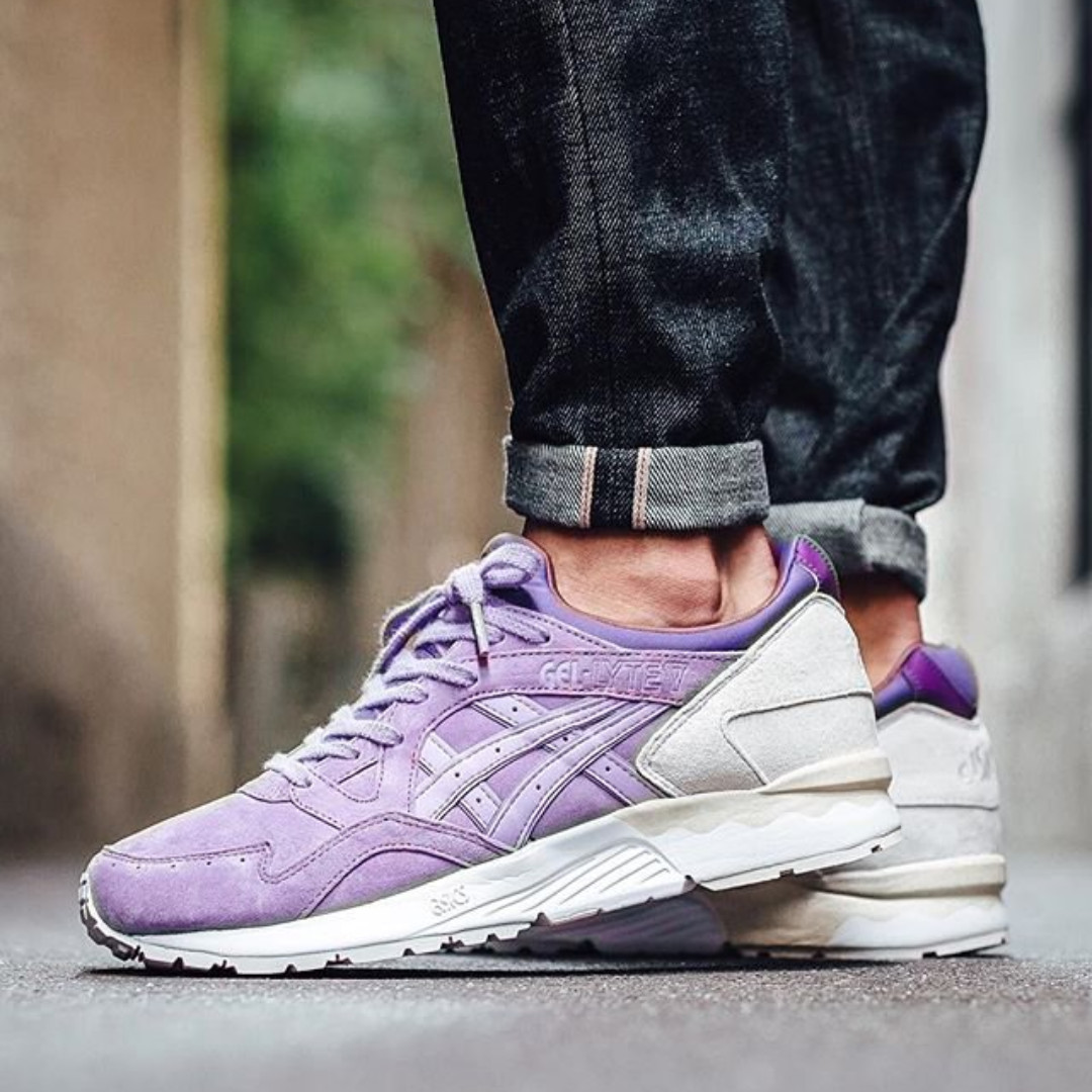 quality design 7574e 0f8eb Asics Gel Lyte V (Lavender), Men s Fashion, Footwear on Carousell