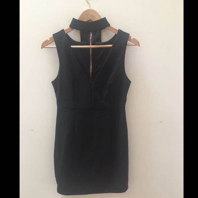 Black choker party dress