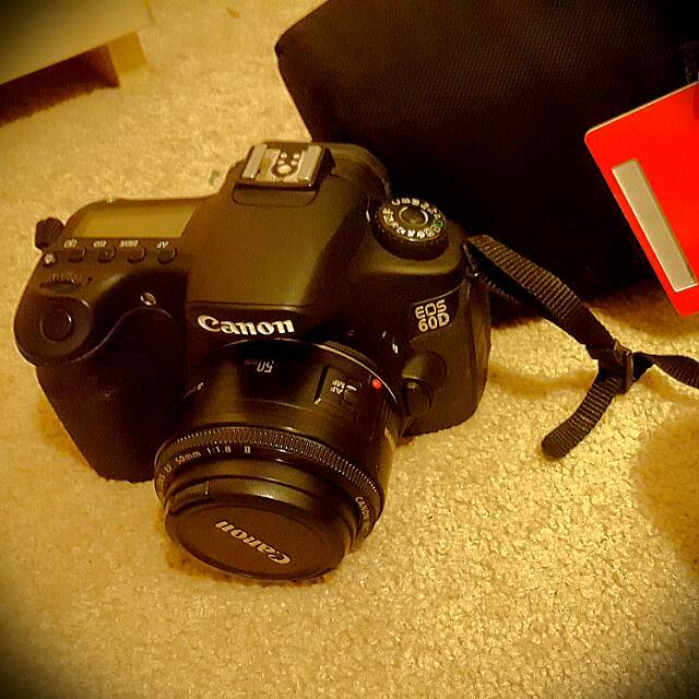 Canon 60D Dslr + 50mm F1.8 Lens + Class 10 Memory Card