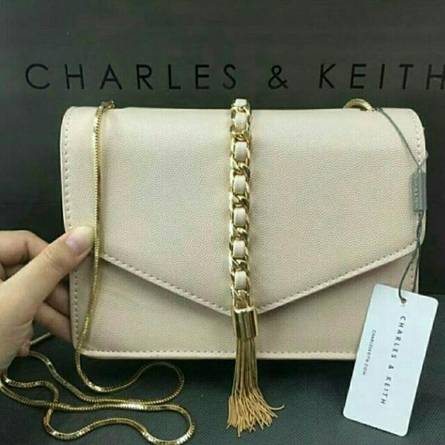 CK Sling White