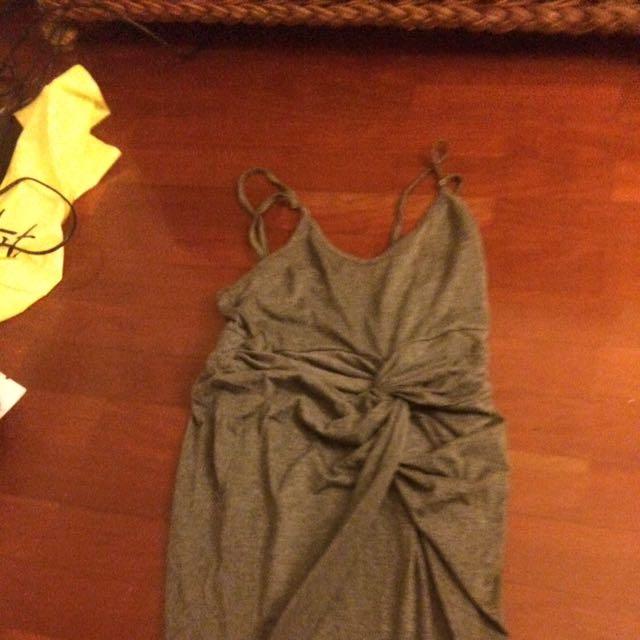 Cute grey knot dress size s