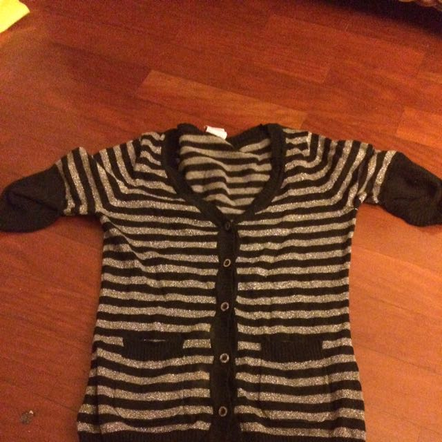 Cute Knit Top fits size 4-8