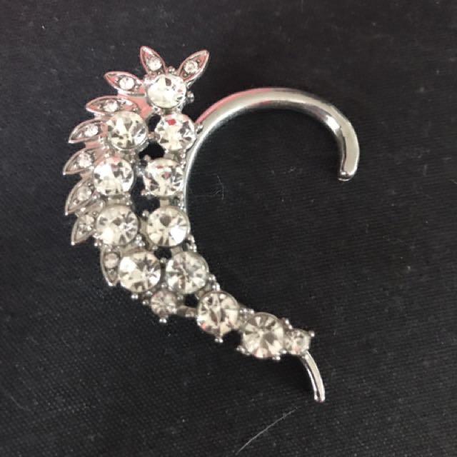 Diamanté Ear Cuff