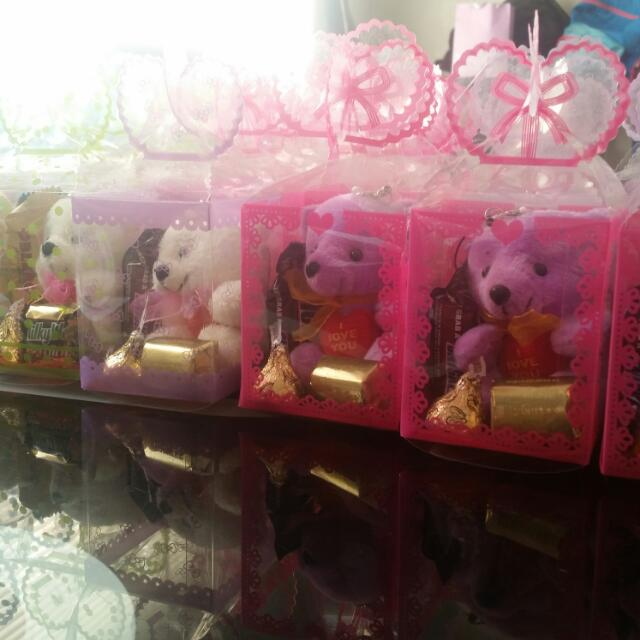 Gift Ideas with imported chocolates