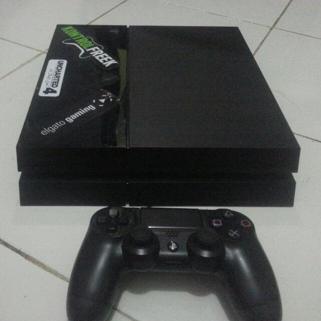 Reprice : Play Station4 500 Gb Jet Black