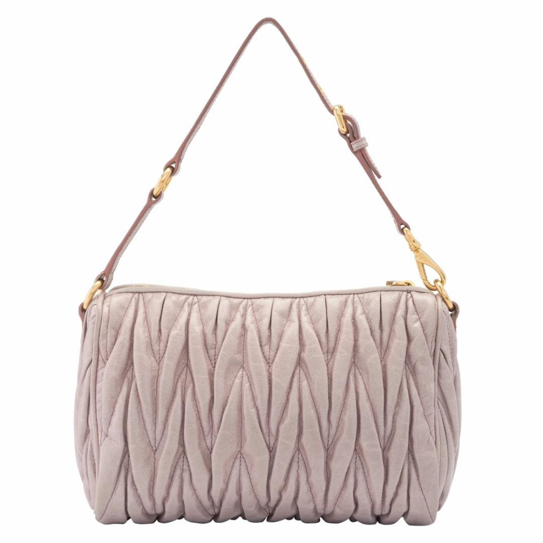 d4edfa879ec1 Preowned Miu Miu Matelasse Lux Small Shoulder Bag - 5N1521 (COB0000544)
