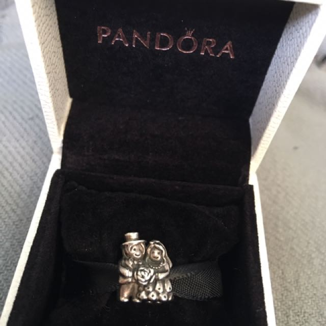 Retired Authentic Pandora Mrs And Mr Bride And Groom Charm