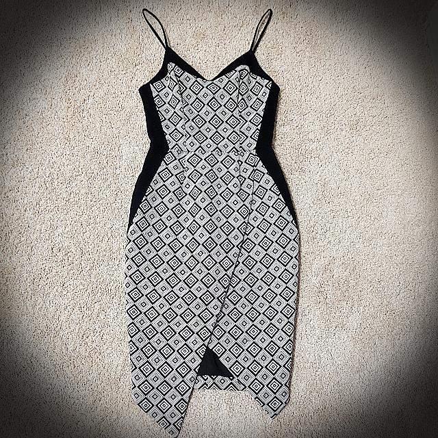 Rodeo Show Black and White Geo Dress