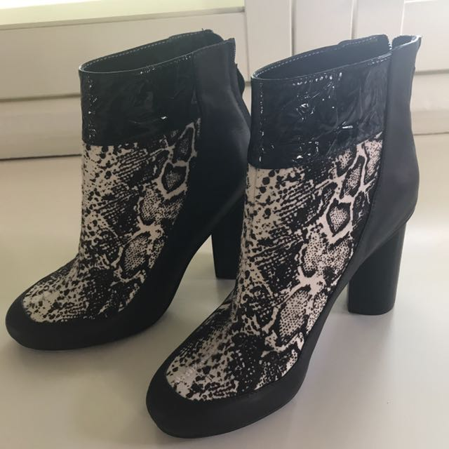 Senso Size 37 Boots NEVER BEEN WORN