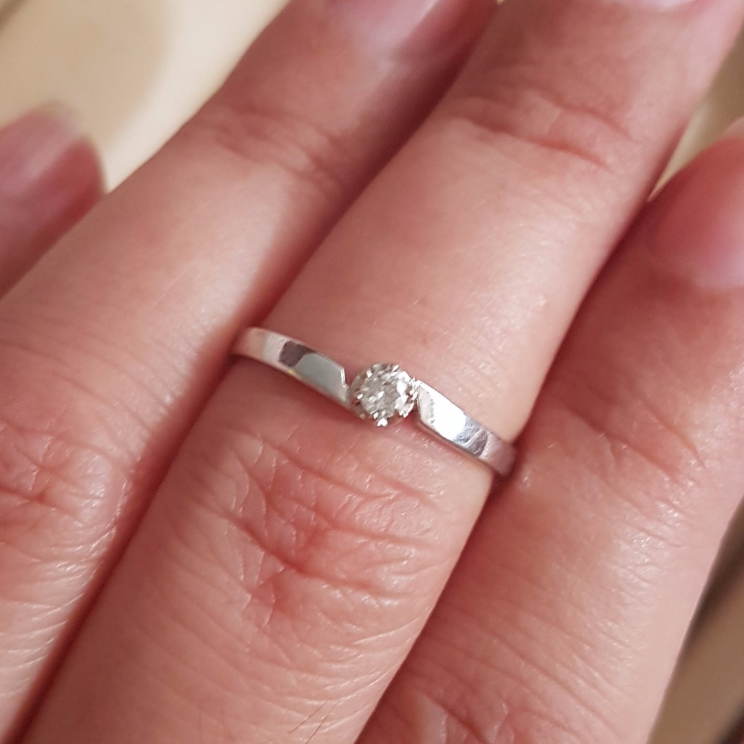 Solid White Gold and Solitaire Diamond Finger Ring, Women\'s Fashion ...