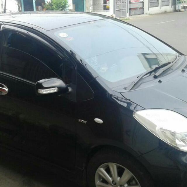Toyota Yaris Tipe E Murah