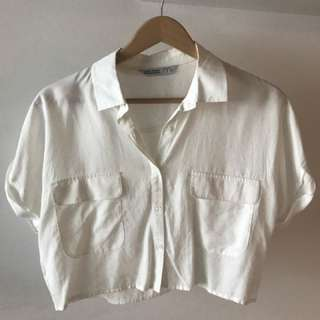 Zara Cropped button-up size M