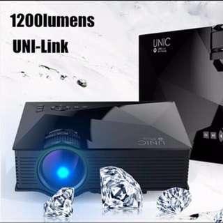 UNIC UC46 Wifi LED Projector