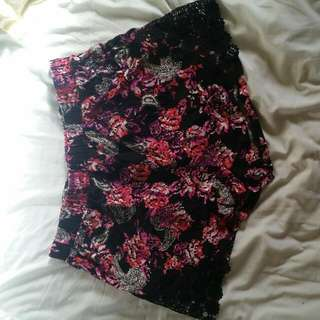 Summer Bohemian Shorts With Black Lace Sides