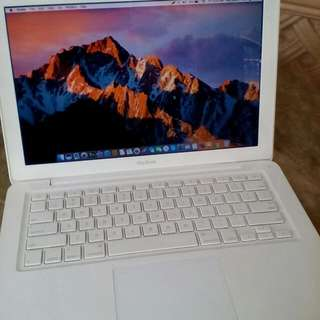 Macbook Late 2009 model
