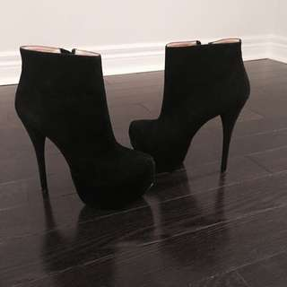 B2 Platform High Heeled Booties