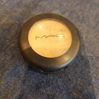 MAC Studio Finish Concealer NW20