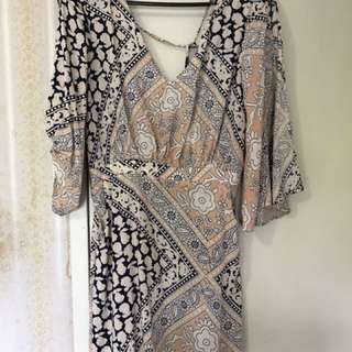 Evie Patterned Dress BNWT Size 8