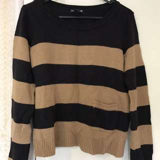 HnM Sweater Size S
