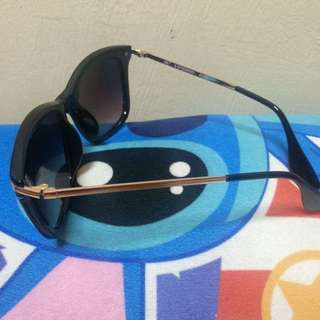 sunglasses from Net Accesories