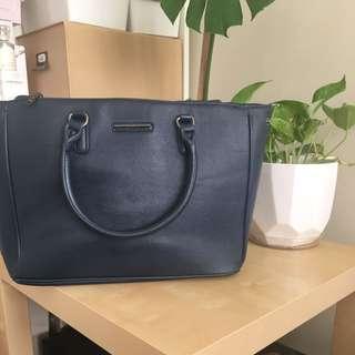 Diana Ferrari navy handbag