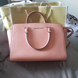 Michael Kors Pink Selma Saffiano Leather Bag - Large
