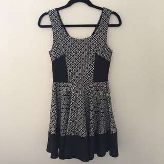 Paper Scissors B&W Dress