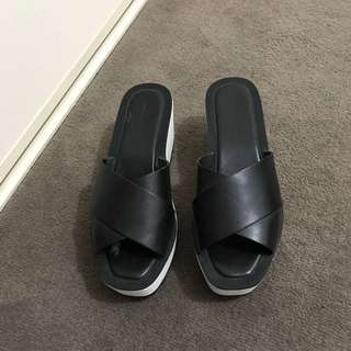 Zara Shoes Size 39