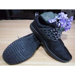 Sneakers Pria Import Korea - Black