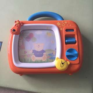 Wind Up TV- With Sound And Picture Movements
