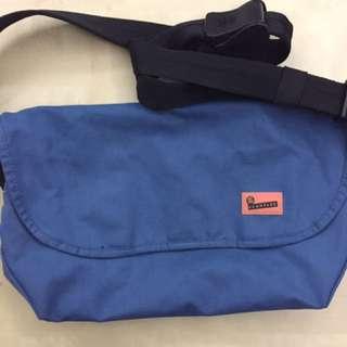 Crumpler Ludicrous Debacle Messenger Bag (Blue)