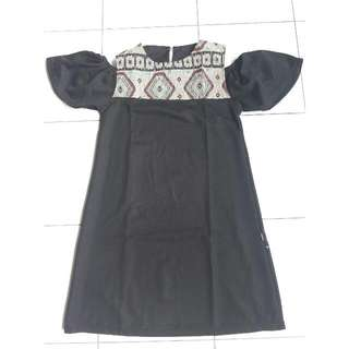 Dress Hitam