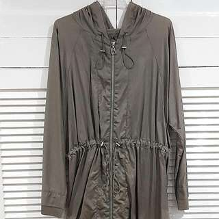 Tigerlily olive green long jacket in size 8