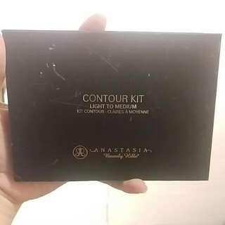 Anatasia Contour Kit Light To Medium