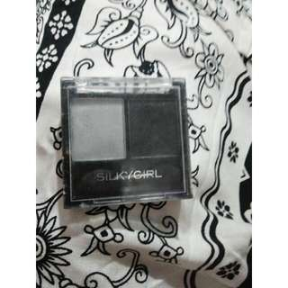 SILKY GIRL EYESHADOW