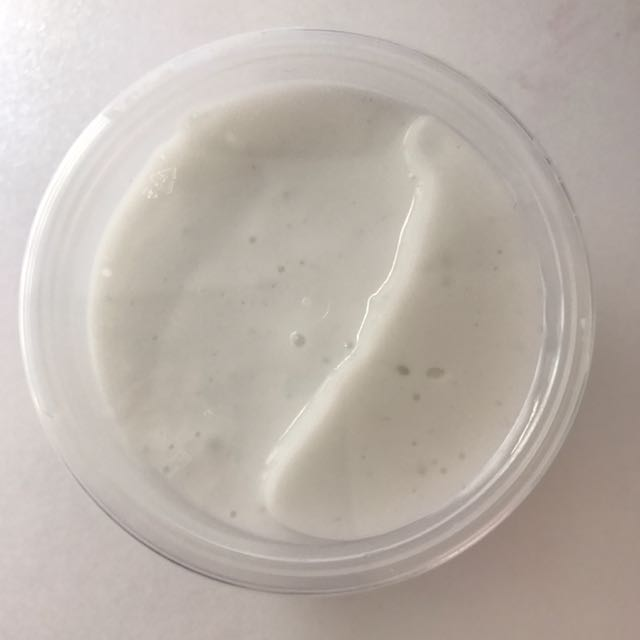 4oz White Slime// $7 With Shipping