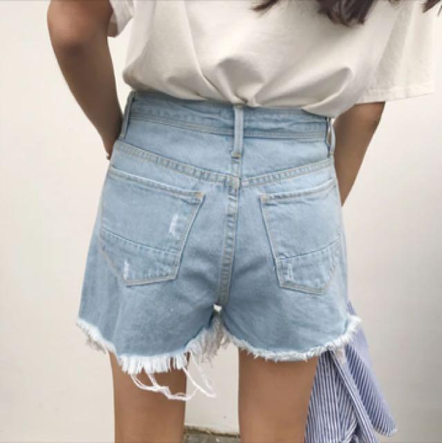 刺繡牛仔短褲