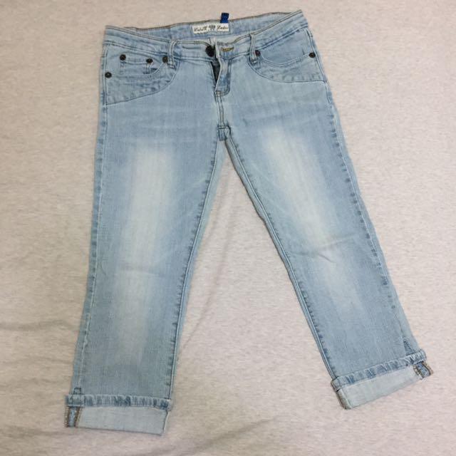 淺藍低腰牛仔七分褲
