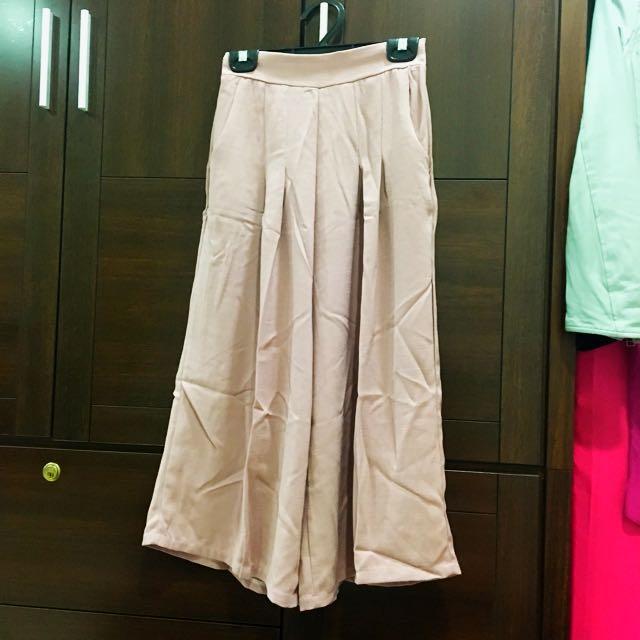 粉藕色 寬褲