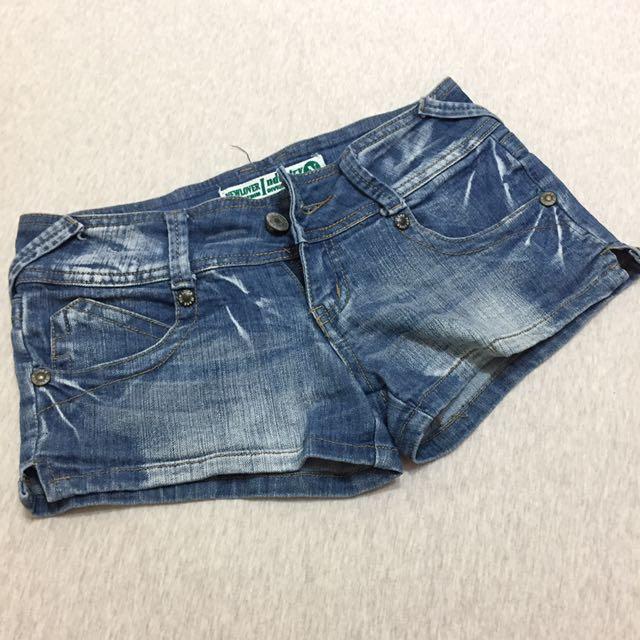 牛仔刷色低腰短褲 熱褲
