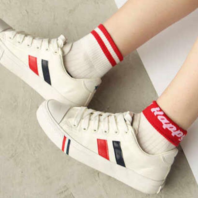 🆕 Oldschool Red Stripe Socks